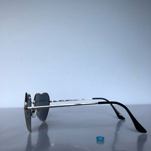 e7609e9e18 Accessories - Snoop Dogg Inspired Heart Shaped Sunglasses